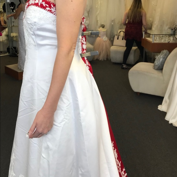 2dffb47d80715 Alfred Angelo Dresses | Strapless Red And White Wedding Dressbrand ...